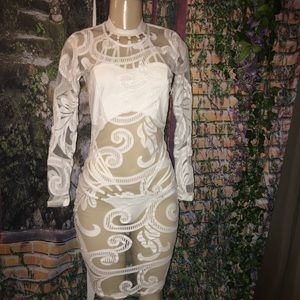 Lacey body on white dress size XS/S